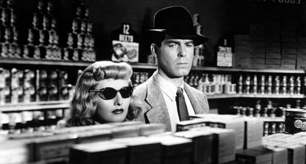 "SVART MAGI: ""Double Indemnity"" står som en totempæl i Hollywood-historien. Billy Wilders noir-thriller fra 1944 relanseres på DVD 13. mai. (Foto: Atlantic Film)"