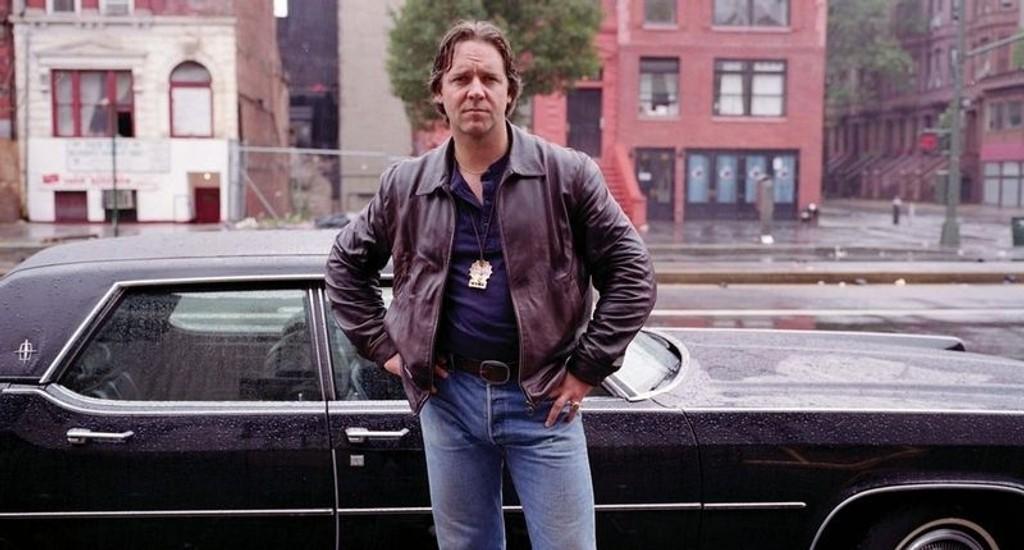 """AMERICAN GANGSTER: Den barnløse etterforskeren Richie Roberts (spilt av Russell Crowe i filmen """"American Gangster"""") stusset over å se seg selv plassert i en opprivende farskapssak på lerretet. Tre av politikompisene hans fulgte opp med å saksøke Universal-studioet."""