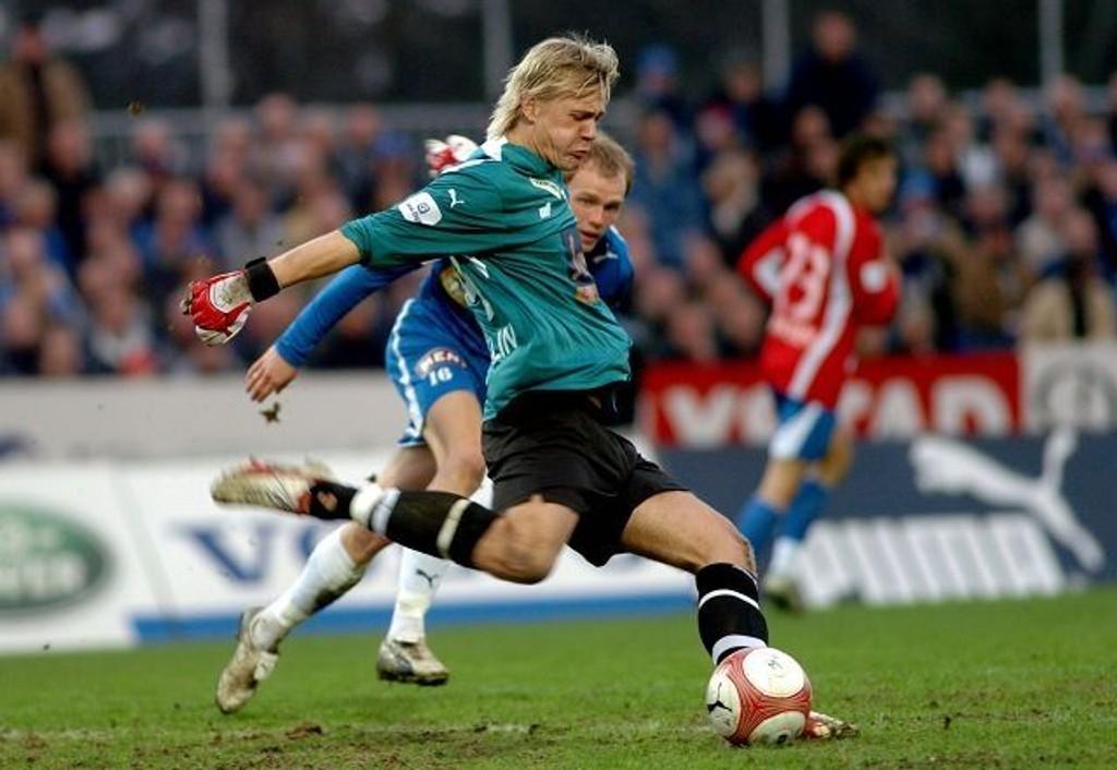 Keeper Johan Dahlin er én av fire spillere som skal bort fra Lyn. Alle andre må finne seg i lønnsreduksjon. ARKIVFOTO