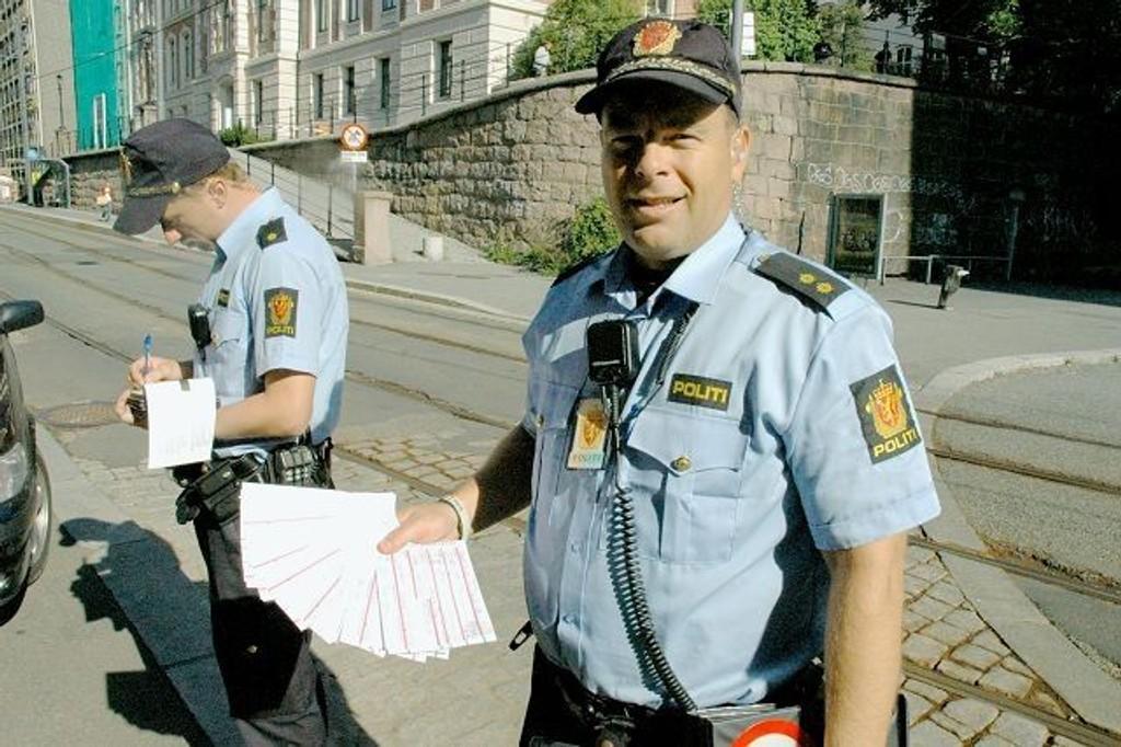 Øystein A. Lægdene hadde nok å gjøre under aksjonen på Ruseløkka i fjor. Hans kolleger har hatt nok å gjøre i år også. FOTO: Erik Tangen