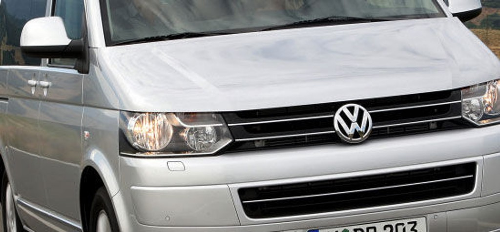 TRANSPORT: Slektskapet med personbilene blir tydeligere på nye Transporter.