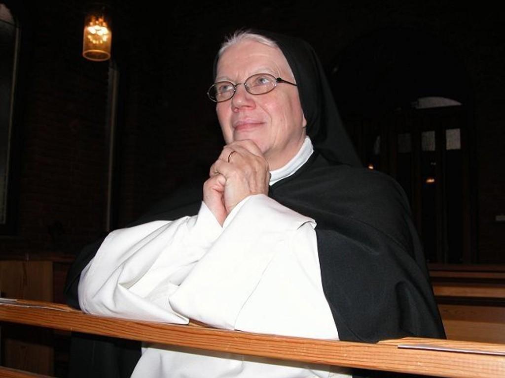 Håper på hjelp: Søster Anne-Lise og de andre nonnene i Lunden kloster håper mange kommer på Lunden-galla i kveld. (Arkivfoto)