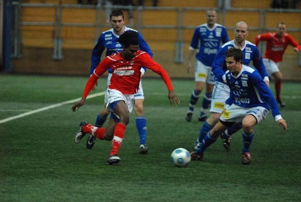 Med sin enorme hurtighet var Joe Nusa en konstant trussel mot gamle lagkamerater i Høland.