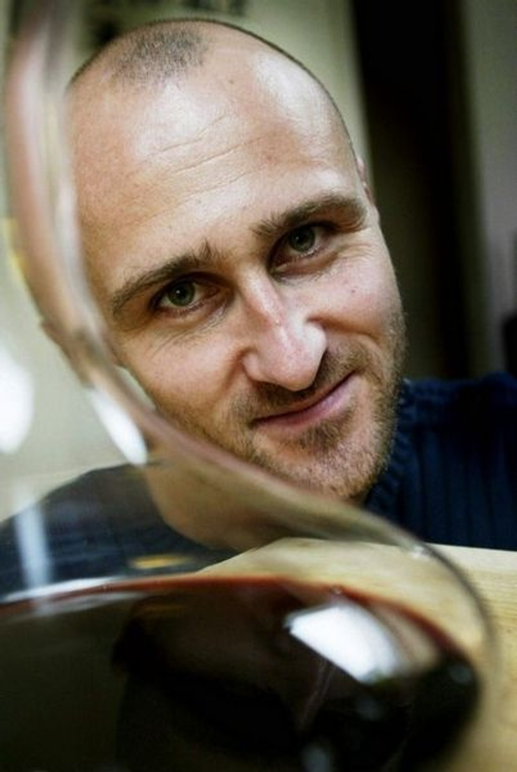 EKSPERT: Ole Martin Alfsen er vinkelner og fagansvarlig for mat og drikke ved Kulinarisk Akademi. Ansvarlig for vinkelnerutdannelsen i Norge. (FOTO: Paal Audestad)