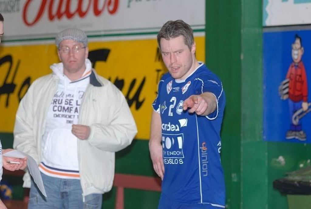 Henrik Eriksen likte dårlig at han ble vist ut av dommerne. Her forteller bakspilleren sin versjon av det som skjedde.