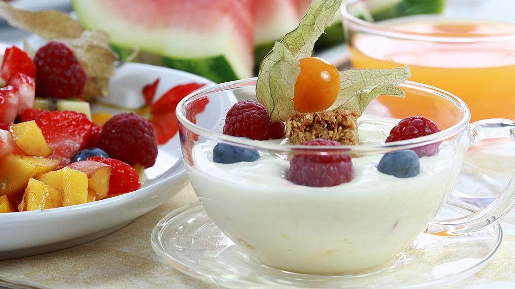 VIKTIGSTE MÅLTID: Ta deg tid til å forberede en næringsrik frokost, så har du en solid grunnmur av energi resten av dagen.