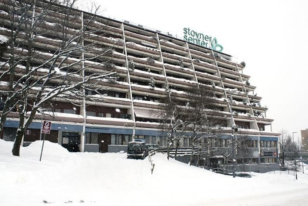 Stovner senter 1. Nordisk eiendomsforretning AS gir blaffen i beboerne. Foto: Anita L. Hanken