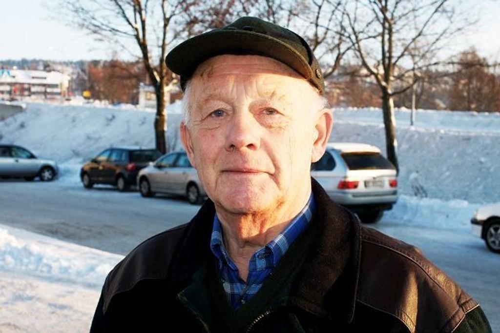 Hans Bjørgli (77), Oppsal – Det blir å holde vekta. Jeg klarte å gå ned litt før jul, og målet nå blir å ta av et par kilo til. I tida som kommer må jeg holde meg unna brødfatet og spise mindre middag.