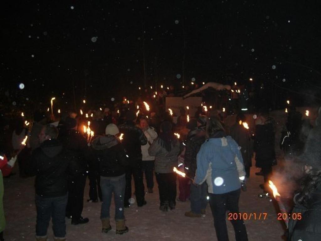Elever, lærere og foreldre viste sitt brennende engasjement for ungdomstrinnet ved Haugen skole.
