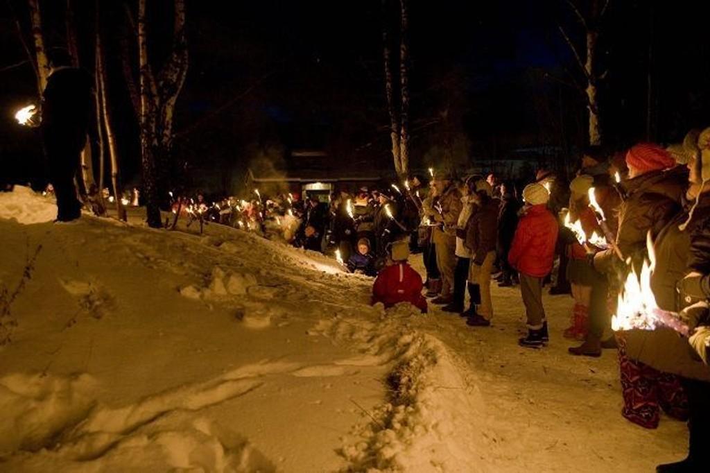 200 mennesker fant veien til Korsvolltoppen Nyttårsaften.