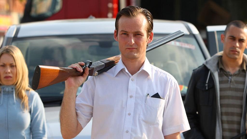 Dexter i «Etter katastrofen» er et tydelig bevis på at mennesker raskt tyr til rå brutalitet og egoisme i harde tider.