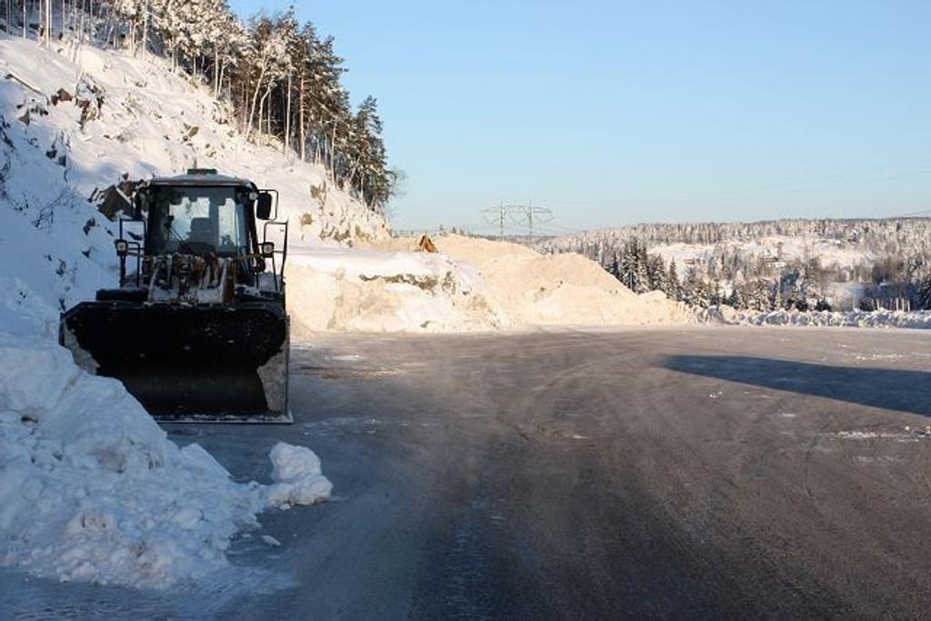 På Åsland ligger byens største snødeponi. Nå er det klart for ny vinter.