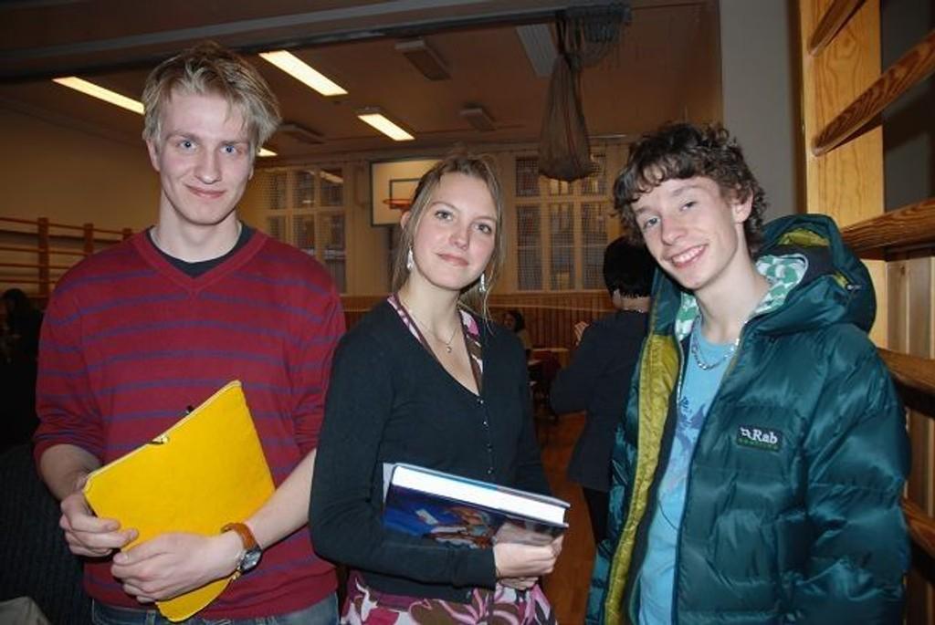Francois-Xavier Lefébure, Mathilde Pénot og Bernard Corail på yrkesdag på den franske skolen. Foto: Anne Marie Huck Quaye