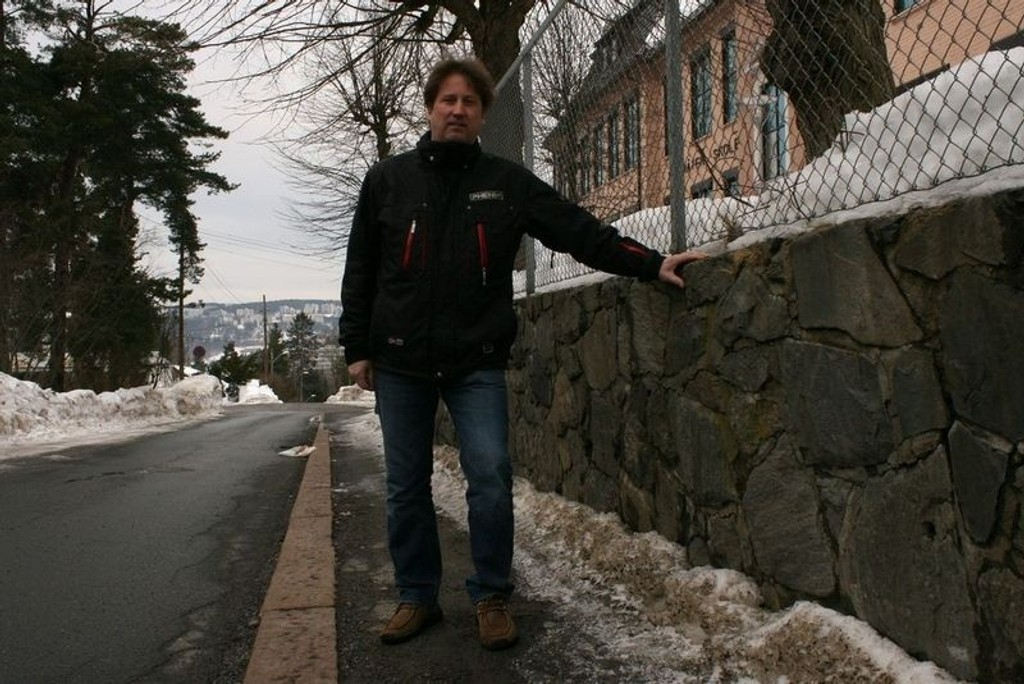 Jan Arild Linja (Frp) er føler seg ikke trygg på etableringen av et bokollektiv.