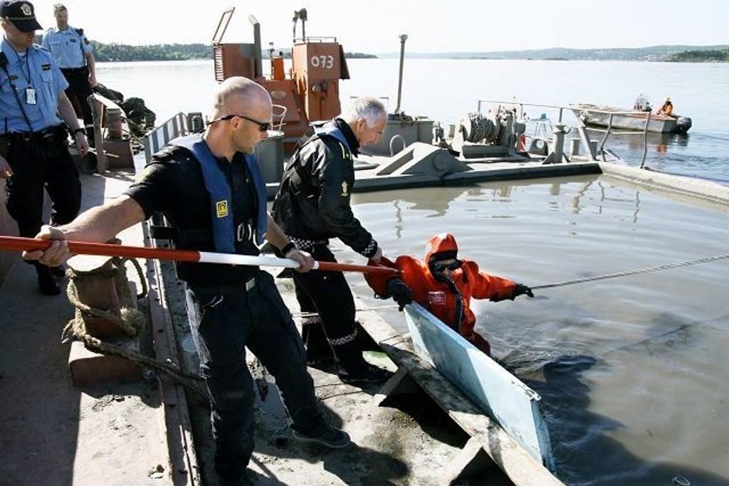 Rune Haaland mener straffenivået er for lavt og lovanvendelsen er feil i deponidommen. Bildet er tatt i forbindelse med en aksjon mot en deponeringslekter på Sjursøya i mai 2008. FOTO: Øystein Dahl Johansen