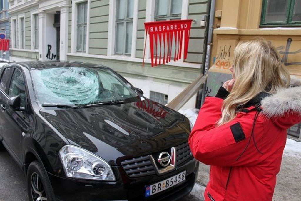 – Tenk om isklumpen hadde truffet et menneske, sier Maria Svendsberget.
