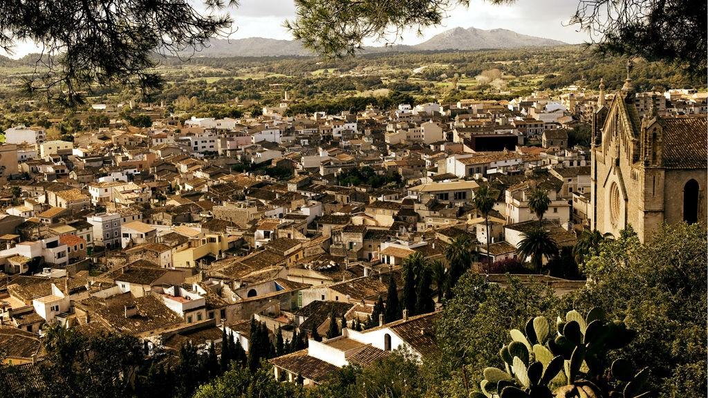 Du bør ta deg tid til å utforske Mallorcas kultur, sjarmerende landsbyer og små, skjulte perler.