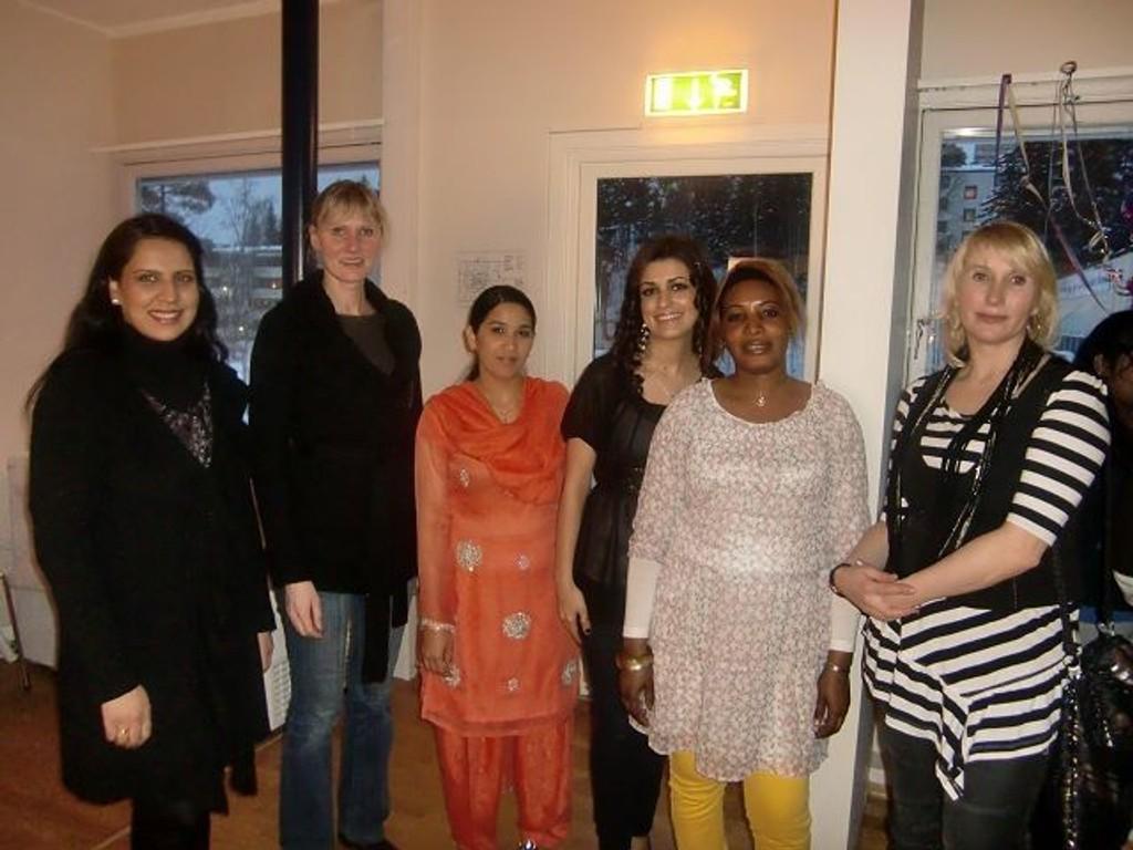 Afshan Rafiq møtte blant annet Mai Lene Tarheim, Shabana Kausar, Shadi Maleki, Tida Ceesky og Sveteana Kwzina. FOTO: Privat