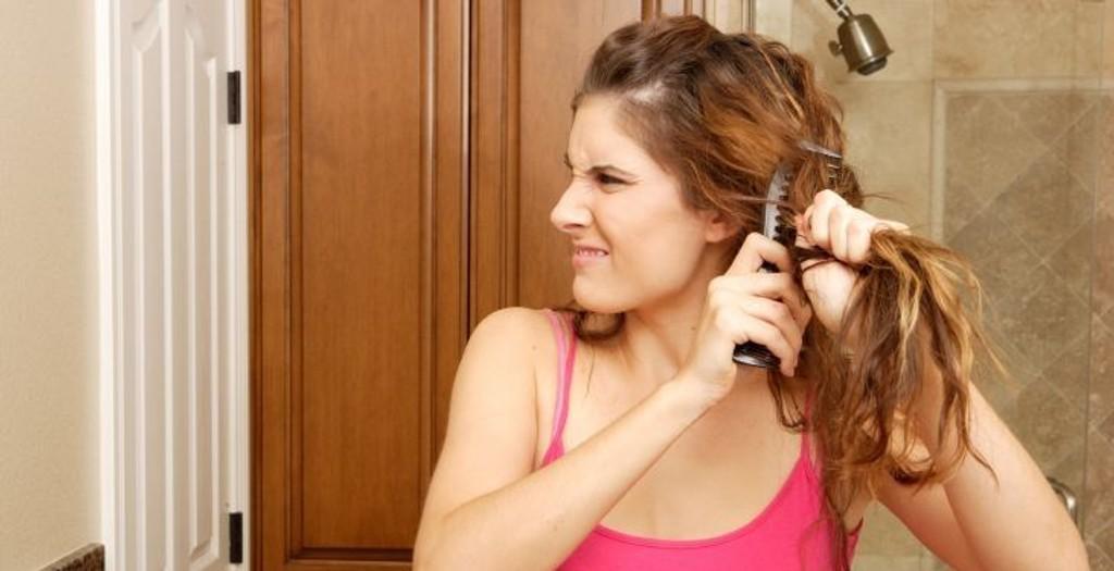 TRIKS: Slik fikser du håret i en fei.