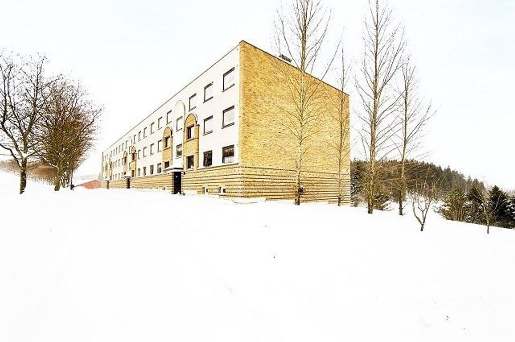 En av de kun 39 leilighetene som er til salgs på Stovner er i denne blokka. FOTO: Eiendomsmegler 1