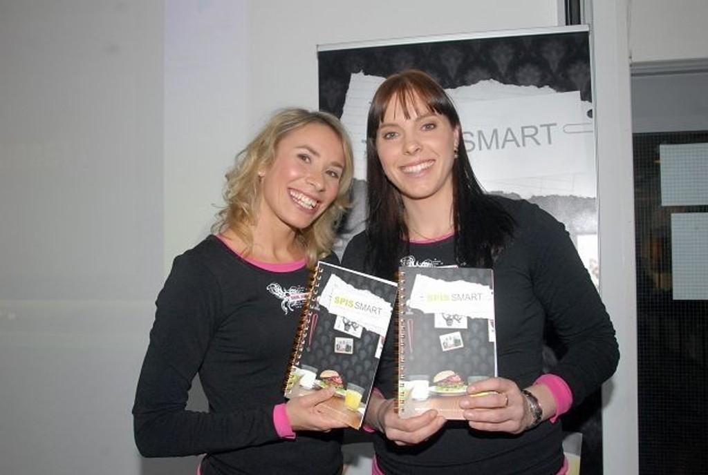 Else-Marthe Sørlie Lybekk (t.h.) har gitt ut kokebok sammen med Ingvill Måkestad Bovim.