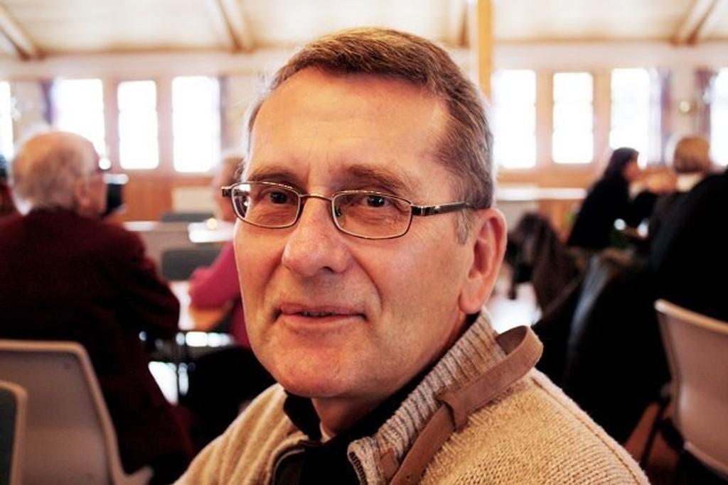 Tor Einar Lie (61 år): Ja, hele nærområdet trenger en større kirke, en viktig bit av kulturlivet. Håper vi lykkes denne gangen.