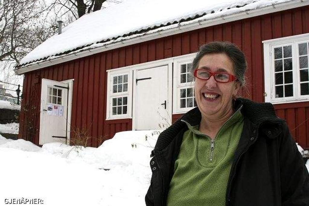 Lørdag gjenåpner Hønse-Lovisas hus med utstillingen URO av Marianne Hølmebakk. Det blir også en rekke andre aktiviteter. Primus motor, Anne Mette Hegdahl ønsker velkommen.