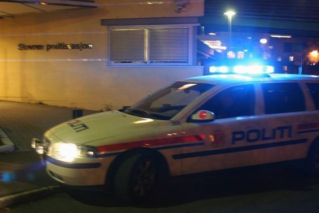 Politiet pågrep ni personer i en leilighet på Grorud kort tid etter taxiranet. Illustrasjonsfoto