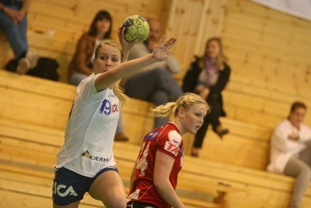 Flest spillemål: Høyrekanten Jenny Græsholt scoret fem mål fra høyrekanten mot Gjerpen.