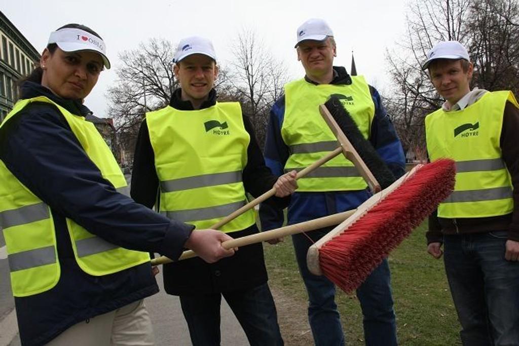 Søpla blir ikke liggende i fred når denne gjengen kaster seg rundt lørdag 1. mai. – Ikke en sneip skal føle seg trygg, erklærer Dèsirèe Hafstad, Knut Tvedten, Fredrik Bjerch-Andresen og Stig Kleven i Grünerløkka Høyre.