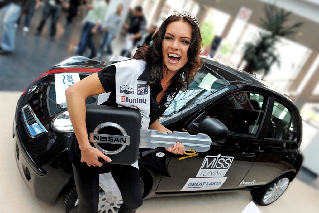 Kristin Zippel ble kåret til årets Miss Tuning på Tuning World-messen.