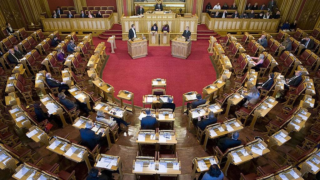 Stortinget, stortingssalen, spørretimen 6. januar 2010.