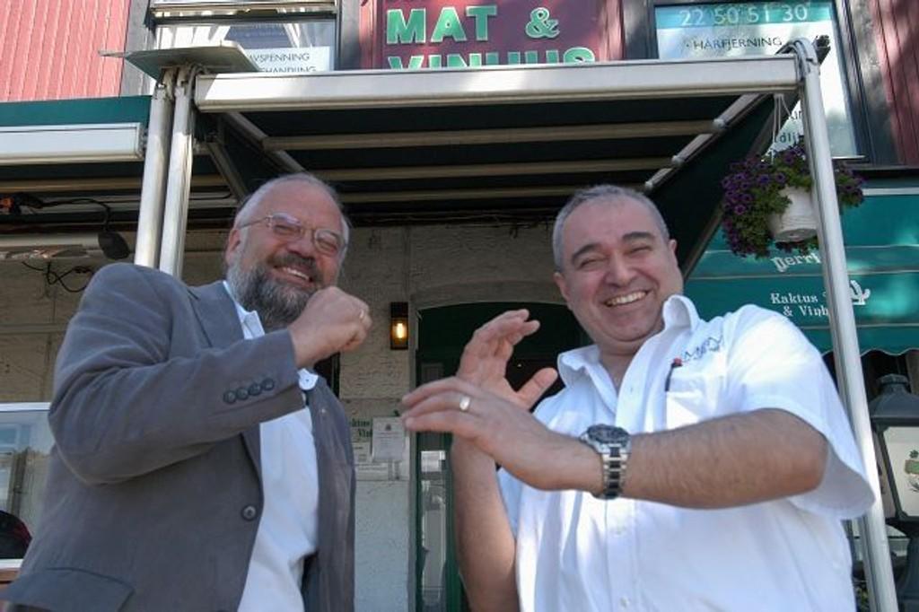 Harald Nesset og Hasan Ali Kocakulak håper på godt oppmøte på lørdag. FOTO: ELISABETH C. wANG