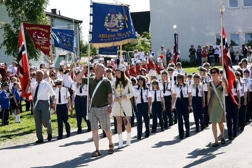 65 år: Abildsø skoles musikkorps under utmarsjen på helgens kretsstevne.Foto: Dan Karlsen