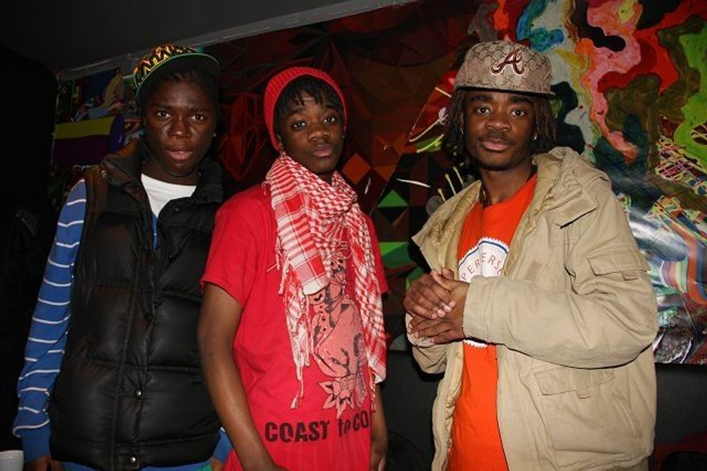 Snow Boyz rapper på Hamrock lørdag. Foto: Anne Marie Huck Quaye
