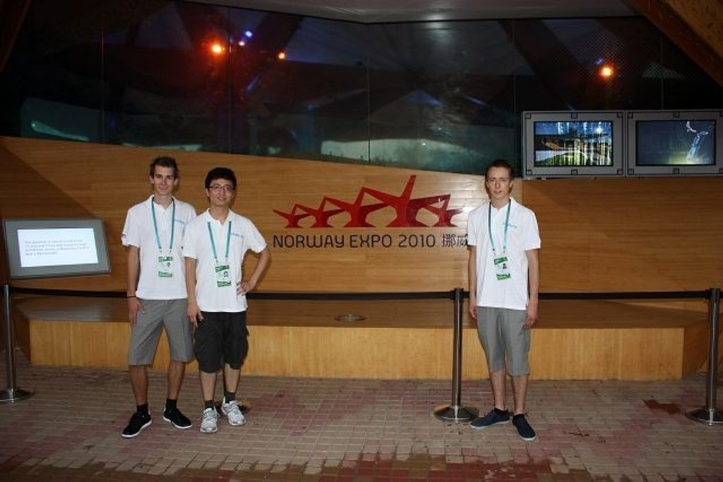 Bekkelagsguttene Espen Løvberg og Fredric Bratlie har sikret seg en meget spesiell sommerjobb - nemlig på verdensutstillingen EXPO 2010 i Shanghai.