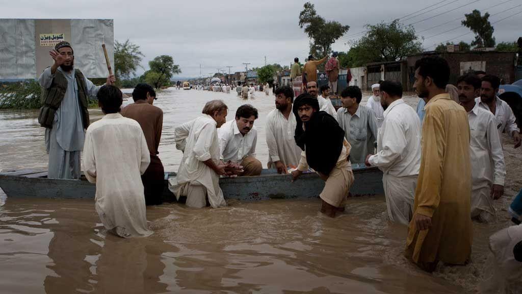Monsun sørger for flom i store deler av Pakistan.