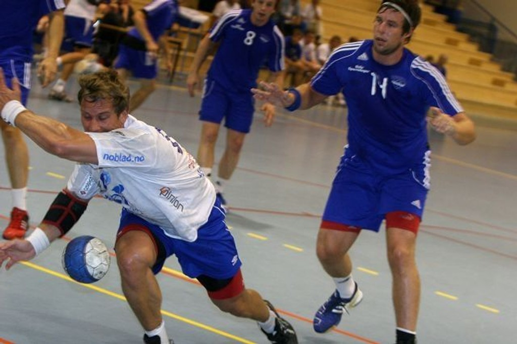 Alt gikk ikke på skinner for verken Fredrik Lundgren (venstre) og BSK/NIF eller Steven Larsson og Oppsal.