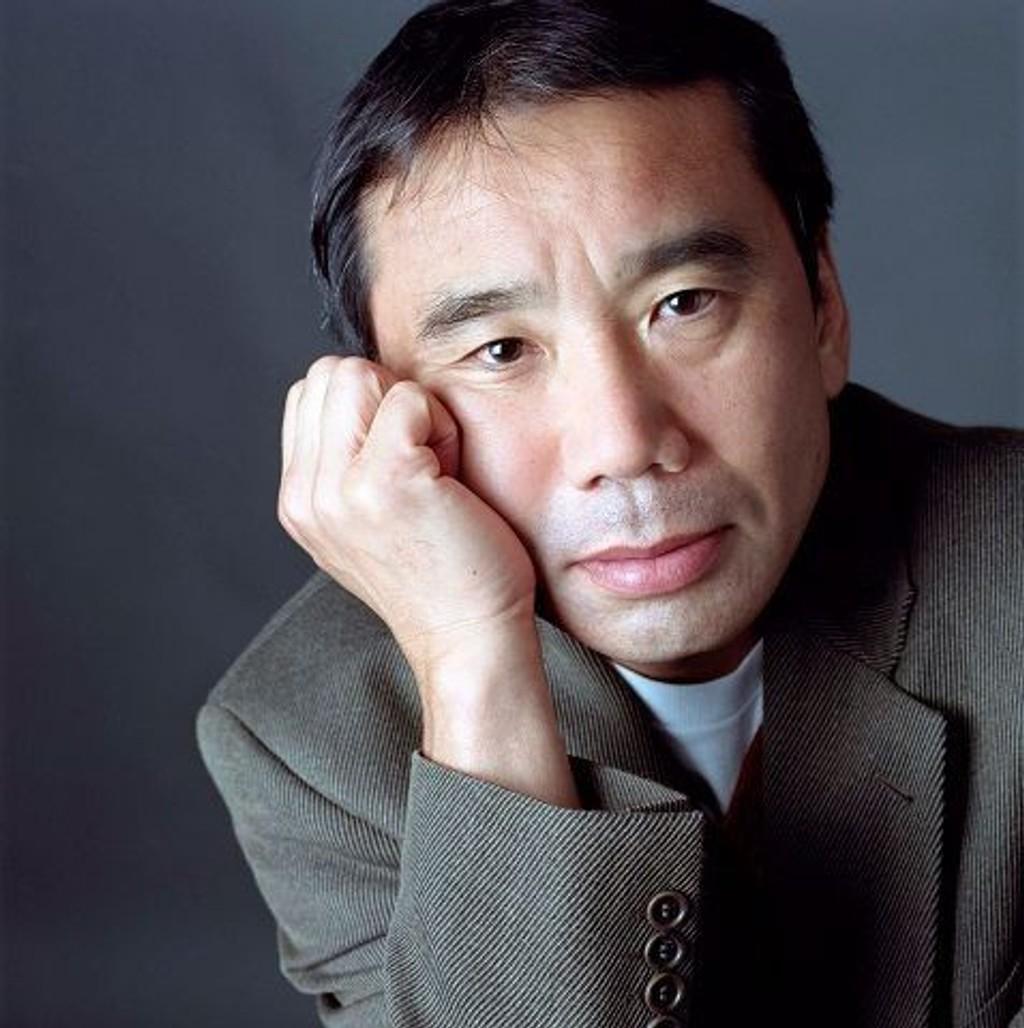 Haruki Murakami tas i mot som en rockestjerne når han gjester Norge.