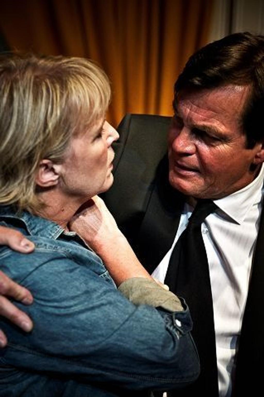 Birgitte Victoria Svendsen og Anders Hatlo i Spin Doctor på Centralteatret.