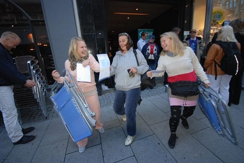 Martine Lassen fra Grünerløkka, Kate Ryen fra Bøler og Kristin Hagrup fra Hurum skal på ferie! KLIKK PÅ BILDET FOR Å SE NESTE BILDE