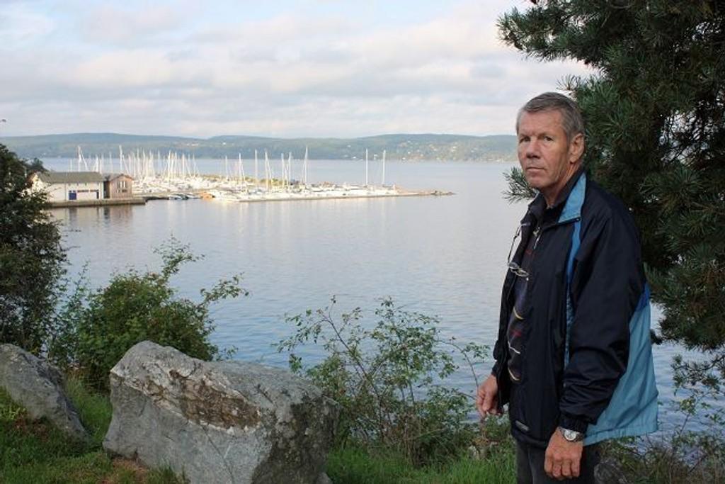 Mye plass: – Den gamle tømmerterminalen på Ljansbruket og fjordområdet utenfor kan både gi småbåthavn, opplagsplass og gode muligheter for parkering både til båtfolket og de som vil gå tur i området, sier Arild Andersson. Foto: Arne Vidar Jenssen