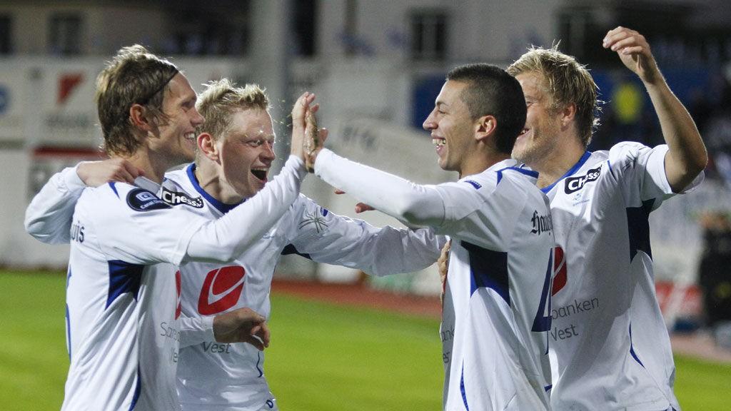 JUBEL: Nikola Djurdjic og Haugesund slet mot Lillestrøm, men kunne glede seg over en ny hjemmekamp uten tap.