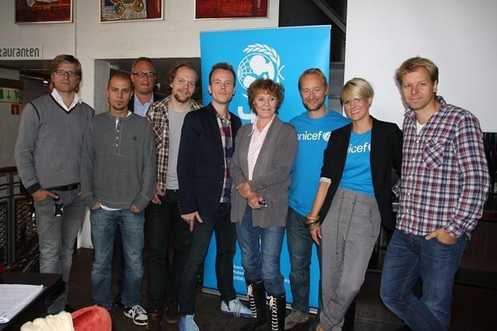 Kremen av norske artister og komikere skal sammen bidra til å rekruttere flere UNICEF-faddere under årets Humorkveld på TVNorge mandag.