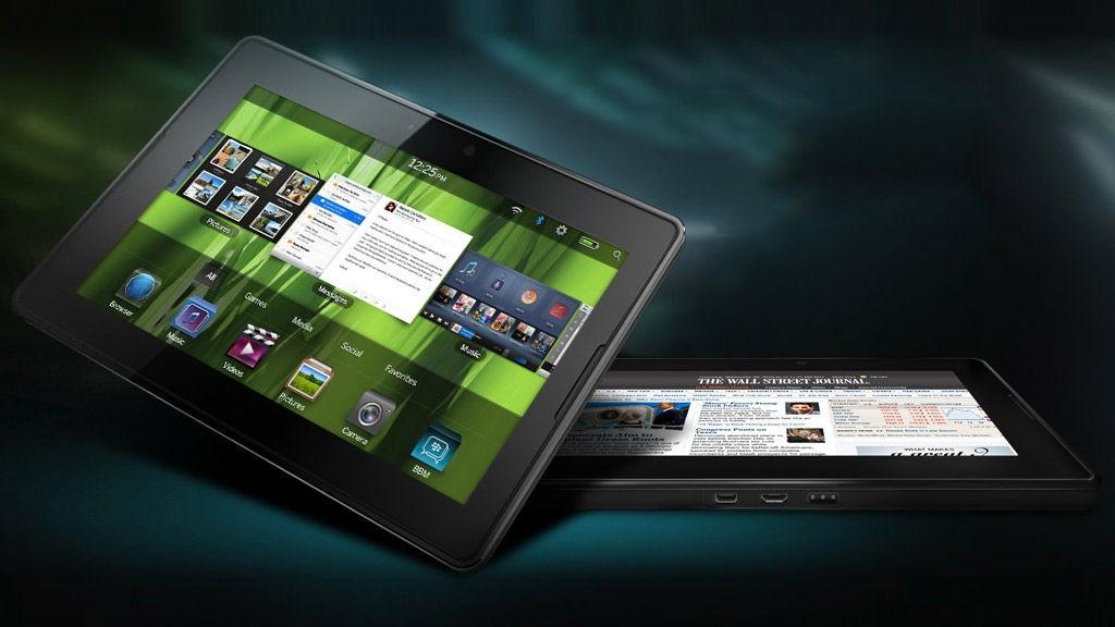 PlayBook er kun halvparten så stor som iPad.
