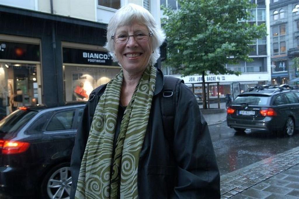 Liv Frohde bokdebuterte i 1994 og har utgitt en rekke barnebøker. Hennes bøker er oversatt til flere språk.