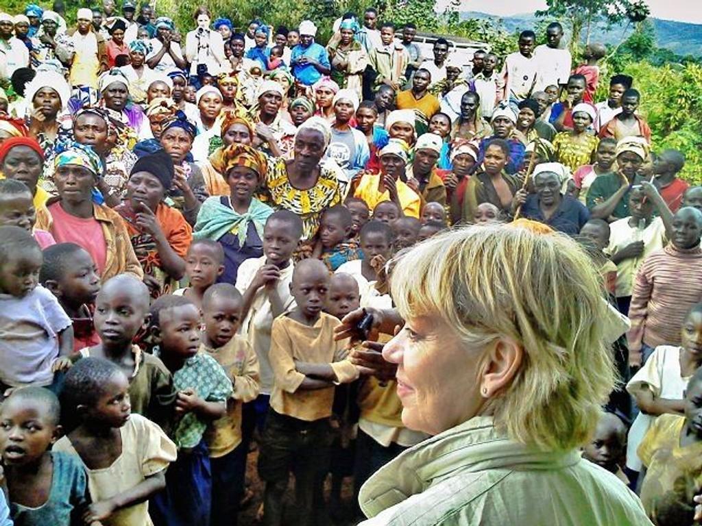 Generalsekretær i Flyktninghjelpen, Elisabeth Rasmusson, i DR Kongo som er ett av landene som TV-aksjonen samler inn penger for.