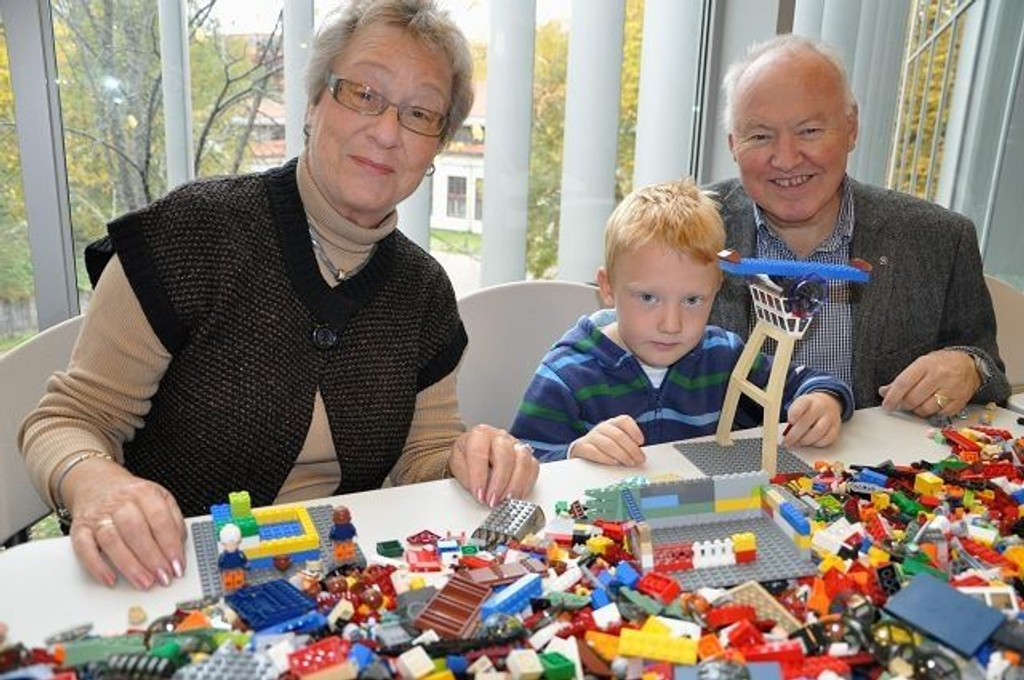 Inger, Sander og Johan Fauske koste seg sammen på Teknisk museum.