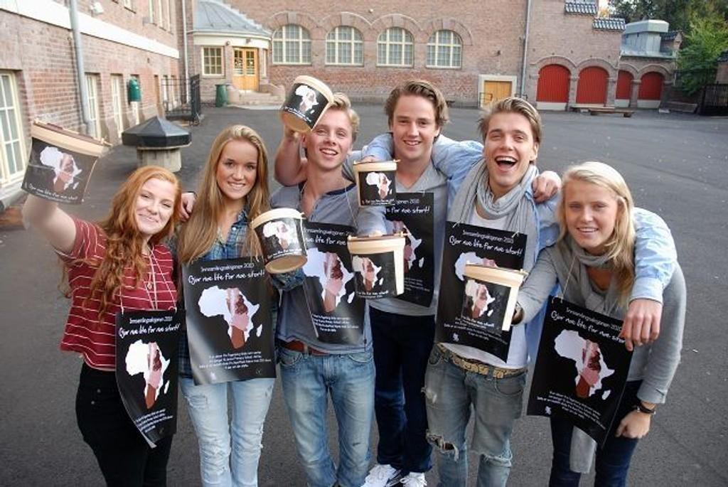 Julie Berg, Katja Fagerholt, Jon Grasdal, Morten Onstad, Herman Eijerstam og Elise Stärk Johansen håper på stor giverglede under Innsamlingsaksjonen 2010.