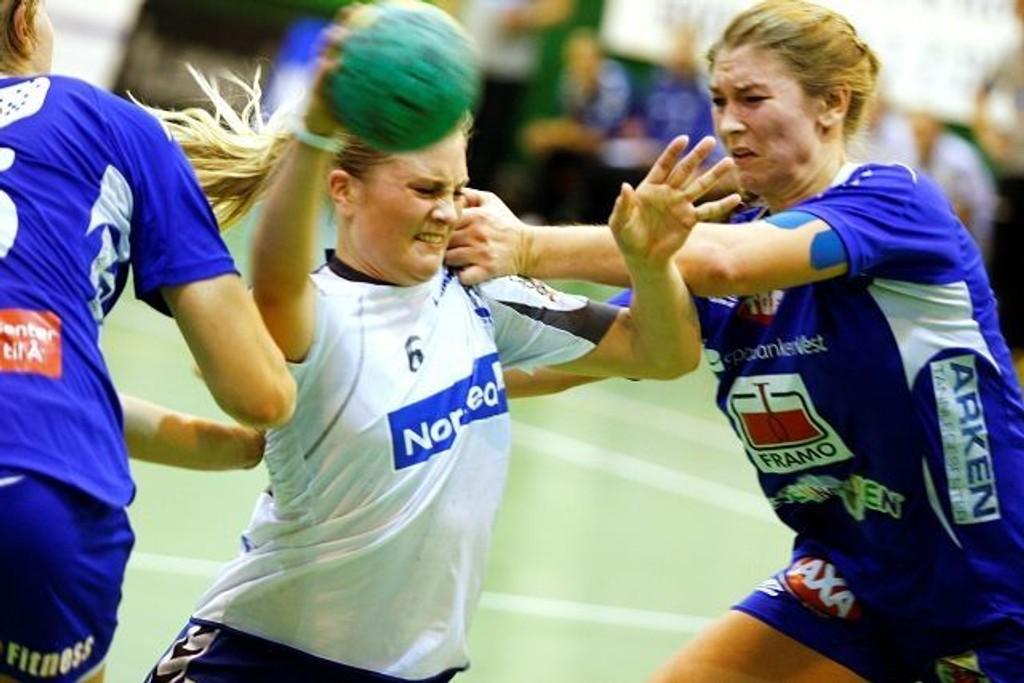 Lillann Eeg Kjærnsmo og resten av Nordstrand-jentene fikk det tøft mot Tertens i Nordstrandhallen.